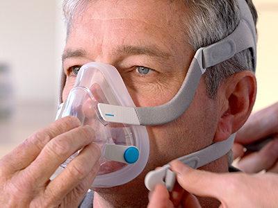 hele ansiktet-CPAP-maske-søvn-apnea-pasienter-ResMed