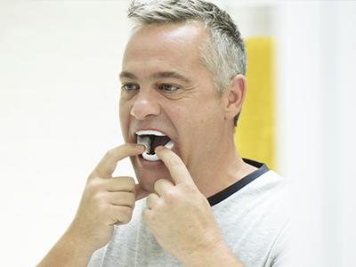 Narval-cc-oral-apparat-komfortabel-osa-behandling-ResMed-400x300