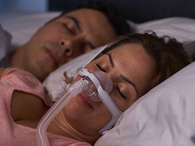 Nesemasker-CPAP-maske-søvn apné-pasient-ResMed