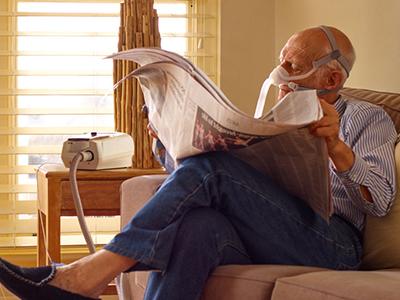KOLS-pasient-hjemme-ikke-invasiv-ventilasjon